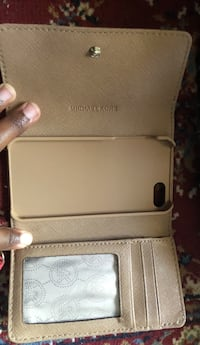 Light Brown &gold Michael Kors IPhone 5/5s/5c Case Fort Worth, 76137