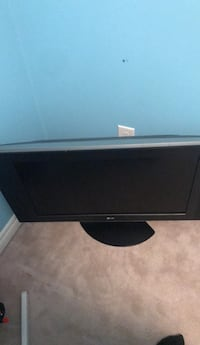 Black lg flat screen tv Brampton, L6R 3J7