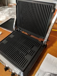Indoor grill/griddle/pannini press Brand New 598 km