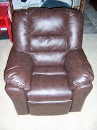 Kids leather recliner Hagerstown