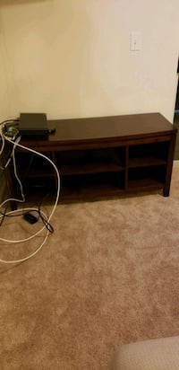 Entertainment stand Ashburn