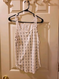 Ladies tank tops and skirts Winchester, 22601