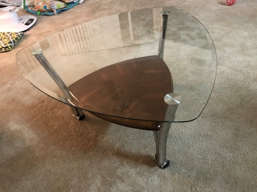 Used glass top coffee table in west palm beach for Table 52 west palm beach