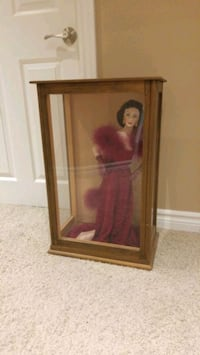 scarlett o'hara franklin heirloom doll gold standa London