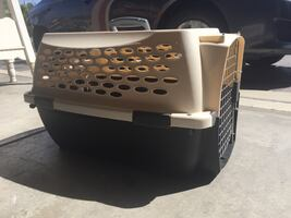 Dog/Cat kennel crate