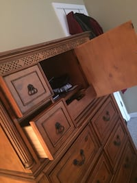 used kitchen island for sale in chesterfield letgo. Black Bedroom Furniture Sets. Home Design Ideas