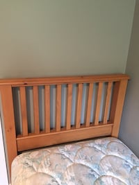 Maple twin headboard Abbotsford, V2S 7G6