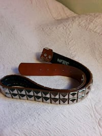 black and brown leather belt Los Angeles, 91331