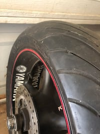 yamaha rims Michelin tires almost new120/70 zr17 Oklahoma City, 73132