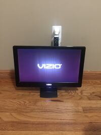 19'' Vizio tv and wall mount 380 mi