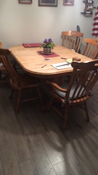 brown wooden dining table set Rockland, 02370