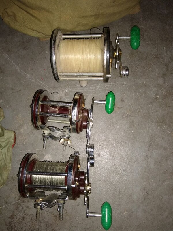 Collectors/Deep Sea Fishermen: Huge lot of vintage Penn Reels 801d92e6-b137-4e5b-b708-42c6c1ac47a1