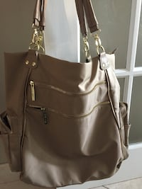 Women's beige shoulder bag Montréal, H3C 1A6