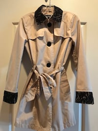 Jacket with lace trim - medium Vaughan, L4J 0A5