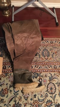 Fisherman suit (bottom with boots)  Laval, H7E 4P2