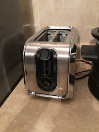 stainless steel and black bread toaster Mississauga, L5B 1M5