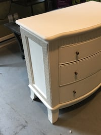 Chalk Paint Nightstand 3659 km
