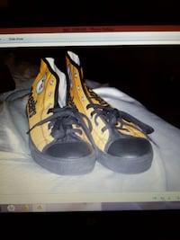 pair of black-and-yellow Nike basketball shoes Glendale, 85304