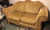 Loveseat sofa with scrolled wood Brielle, 08730