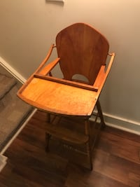 brown wooden windsor rocking chair Oro-Medonte, L4M 1E7