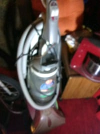gray and red upright vacuum cleaner Detroit, 48238