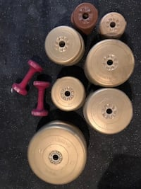 BARBELL WEIGHT SET, DUMBBELLS AND CLIPS Coquitlam, V3E 3P3
