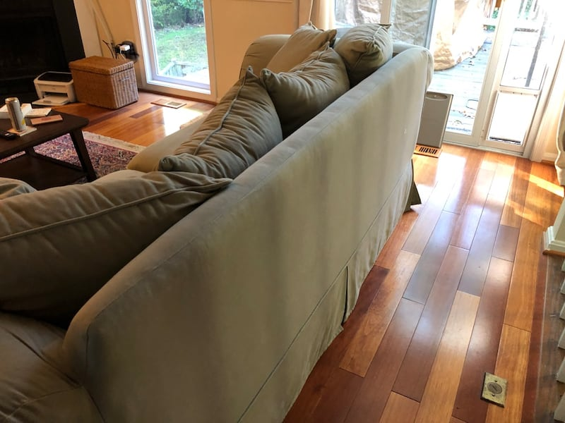 Couch - Willing to Negotiate 0522d6ab-a997-4c29-b54c-cab3135103b5