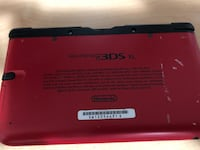 Ninendo 3DS XL (NOT WORKING) good for parts