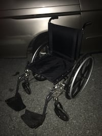Nice light weight wheel chair only 100 FIRM