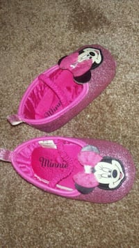 Minnie mouse sneakers Whitby, L1N