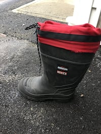 Csa aggressor work  boots  size 7 worn twice with liners good boots  Surrey, V3W 5C3