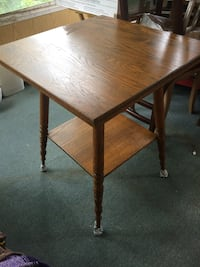 Solid wood parlor table Niles, 49120