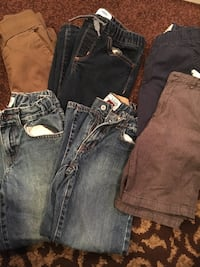 Boys size 6 clothes 4 pairs of pants and 2 pairs of shorts  Santa Maria, 93455