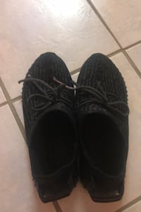 Yeezy boost 350 Men's size 10 US (REAL) Mississauga, L5N 7G7
