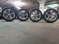 Rims end tires 20 inch.  Toronto, M3C