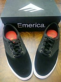black-and-white Emerica low-top shoes with box Laredo, 78046