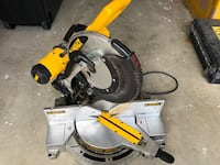 "DEWALT DW716 12"" Double Bevel Compound Miter Saw ! (Ref.173)"