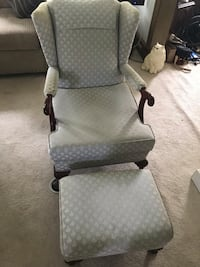 Antique wing back cushioned chair with footstool Waterbury, 06708