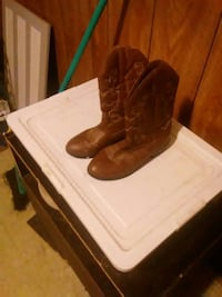 pair of brown leather western cowboy boots Fairmont, 26554