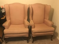 """2 baby pink """"queen"""" arm chairs Aspen Hill, 20906"""