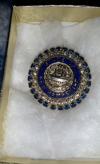 Vintage Brooch. State of New Hampshire Amherst, 03031