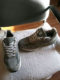 Shoes 11 and a half New Balances 990s 4