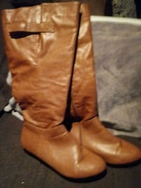 Ladies size 8 Boots  Chattanooga, 37421