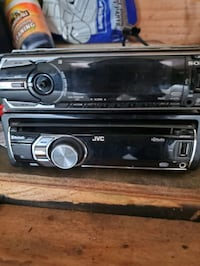 2 car stereos 1 sony and 1 jvc Saint Paul, 55117