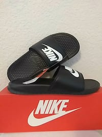 NIKE MENS SIZE. 9  BRAND NEW Olympia, 98503
