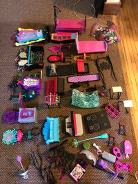 Monster High Doll Accessories Lot Lancaster, 14086