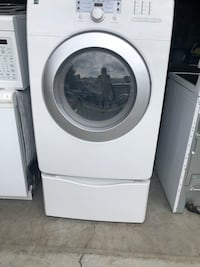 Gas dryer with pedestal. Works great Kennewick, 99337