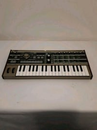 Microkorg synthesizer Mississauga, L5M 0K2
