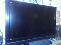 black LG flat screen TV Victoria, V9A 2A9