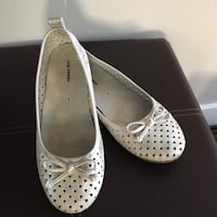 Girl's flat shoes, size:2